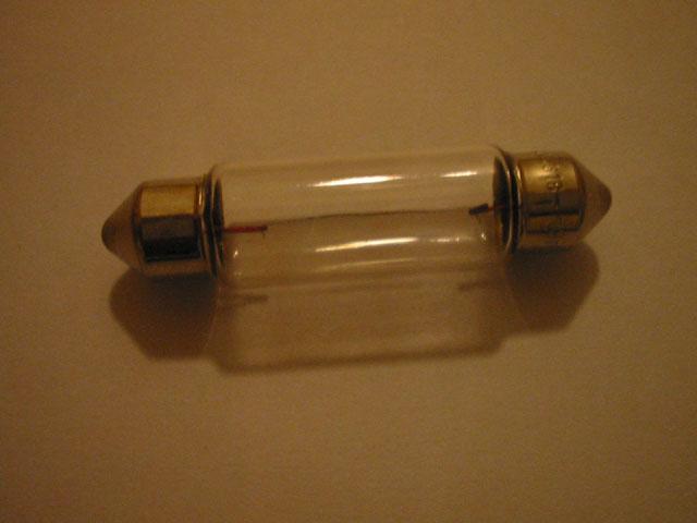 changement d 39 ampoule de plafonnier corsa c le forum des opel. Black Bedroom Furniture Sets. Home Design Ideas
